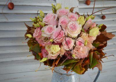 bouquet-de-roses-et-fleurs-d-automne-2-400x284