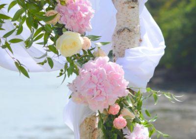 mariage-bord-de-mer-arche-florale-400x284